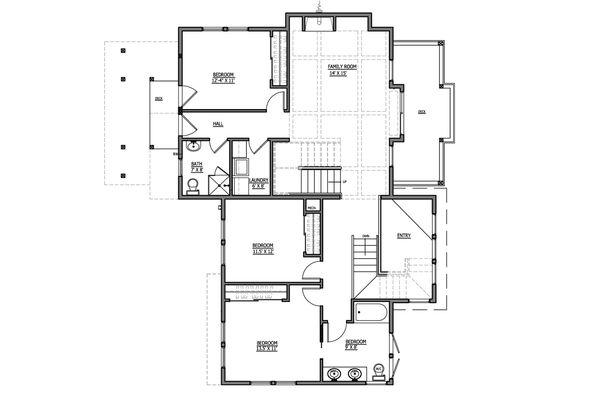 Craftsman Style House Plan - 4 Beds 4 Baths 2817 Sq/Ft Plan #899-6 Floor Plan - Main Floor Plan