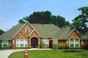 European Style House Plan - 5 Beds 3 Baths 2653 Sq/Ft Plan #84-252 Exterior - Front Elevation