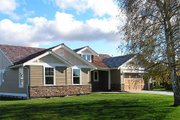 Craftsman Style House Plan - 2 Beds 2 Baths 1728 Sq/Ft Plan #48-411 Exterior - Front Elevation