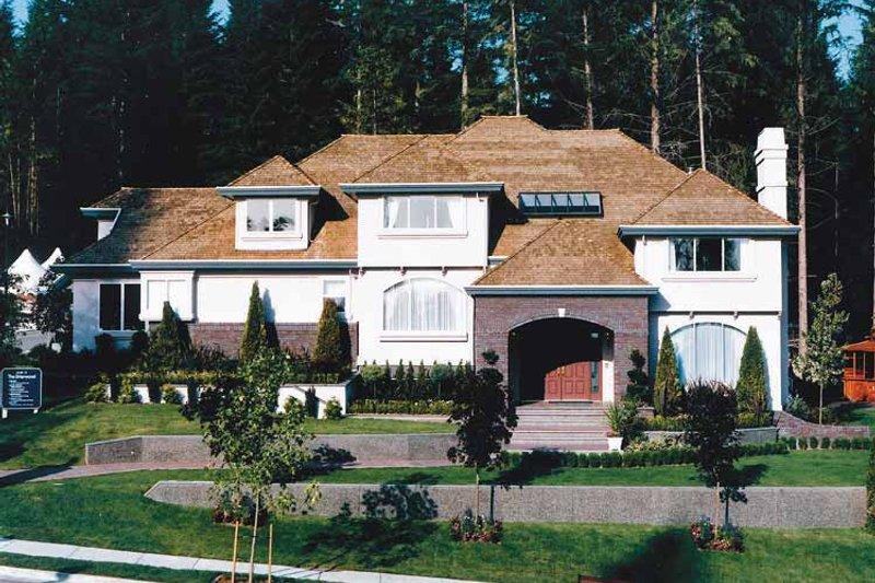 House Blueprint - European Exterior - Front Elevation Plan #47-1014