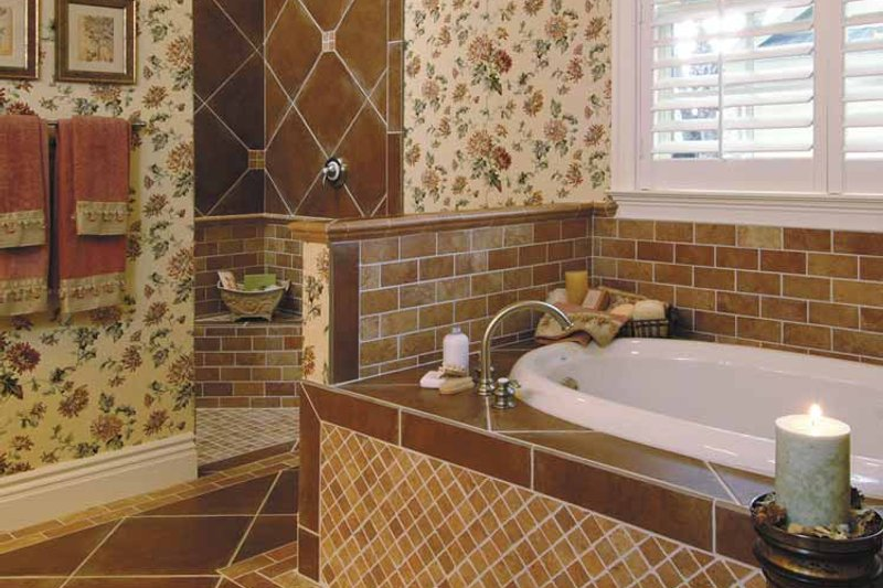 Ranch Interior - Master Bathroom Plan #930-232 - Houseplans.com