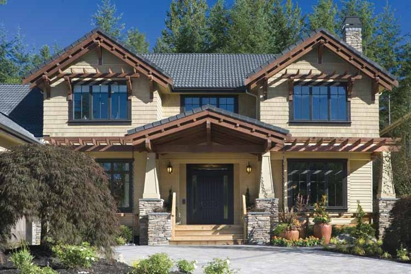 Traditional Exterior - Front Elevation Plan #48-877 - Houseplans.com
