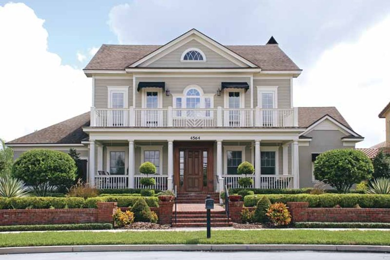 Architectural House Design - Colonial Exterior - Front Elevation Plan #1019-4