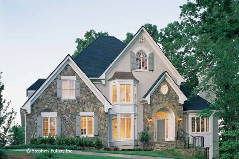 Country Exterior - Front Elevation Plan #429-113 - Houseplans.com