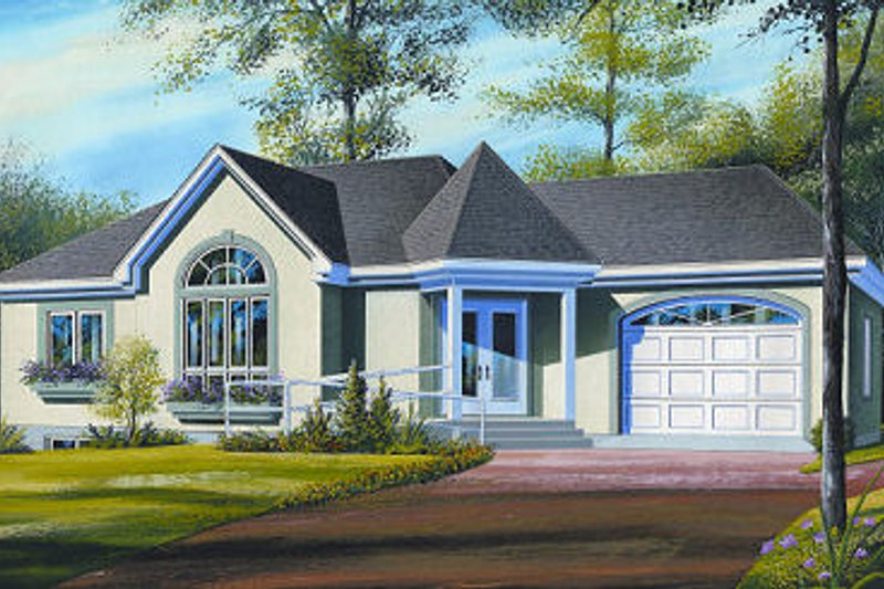 Traditional Exterior - Front Elevation Plan #23-698