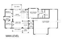 Craftsman Floor Plan - Main Floor Plan Plan #920-32