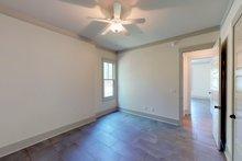 Traditional Interior - Bedroom Plan #63-412
