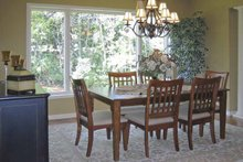 Traditional Interior - Dining Room Plan #320-1002