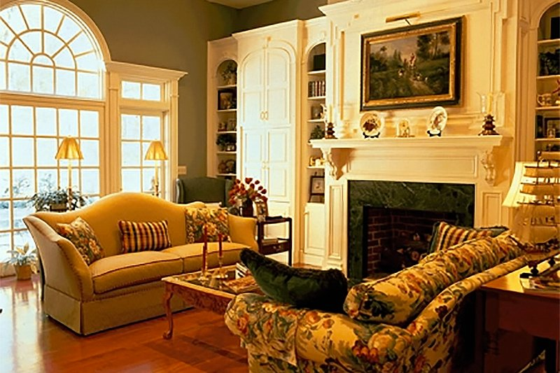 Southern Interior - Family Room Plan #137-116 - Houseplans.com