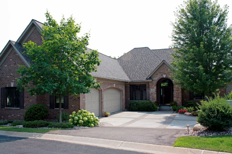 European Style House Plan - 4 Beds 2.5 Baths 3573 Sq/Ft Plan #51-481 Exterior - Front Elevation