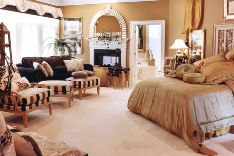 Traditional Interior - Master Bedroom Plan #46-567 - Houseplans.com
