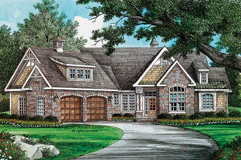 Craftsman Exterior - Front Elevation Plan #929-909