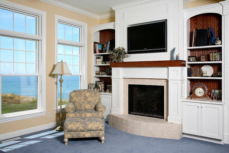 Colonial Interior - Family Room Plan #928-298 - Houseplans.com