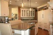 Craftsman Interior - Kitchen Plan #929-889