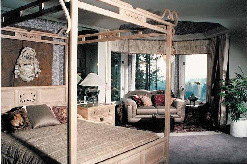 Mediterranean Interior - Master Bedroom Plan #47-875 - Houseplans.com