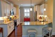 Craftsman Style House Plan - 3 Beds 2 Baths 1590 Sq/Ft Plan #461-20 Interior - Kitchen