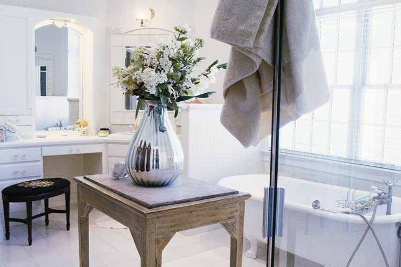 Classical Interior - Bathroom Plan #71-146 - Houseplans.com