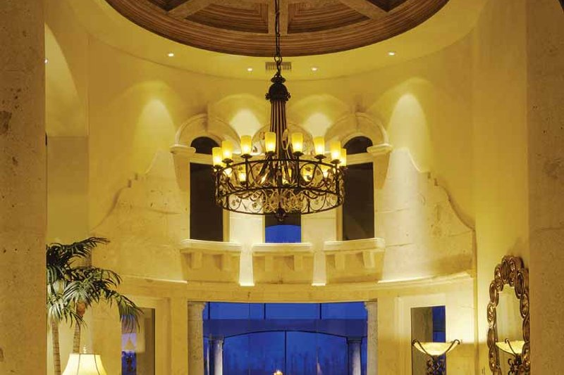 Mediterranean Interior - Family Room Plan #930-54 - Houseplans.com