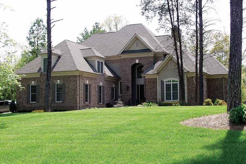 Dream House Plan - Traditional Exterior - Front Elevation Plan #453-298