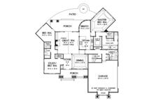 Traditional Floor Plan - Main Floor Plan Plan #929-911