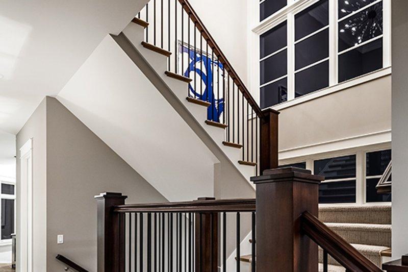 Contemporary Interior - Entry Plan #928-287 - Houseplans.com