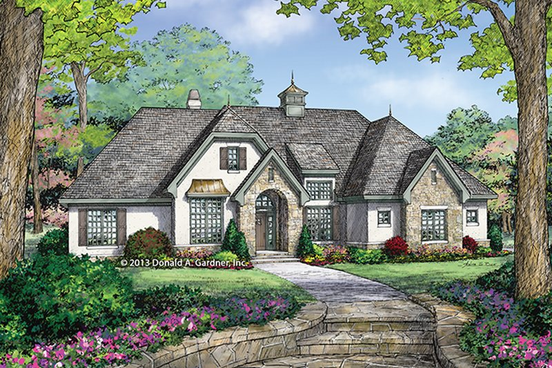 Dream House Plan - Country Exterior - Front Elevation Plan #929-985