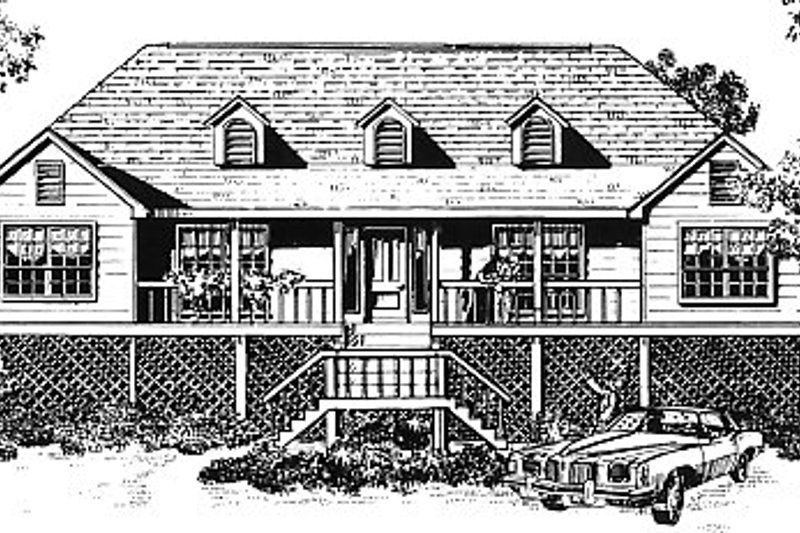Traditional Exterior - Front Elevation Plan #14-113 - Houseplans.com