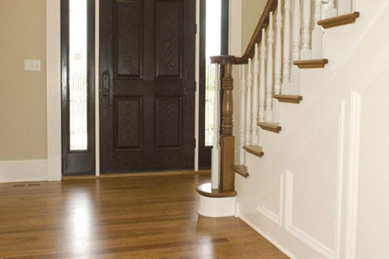 Classical Interior - Entry Plan #137-301 - Houseplans.com