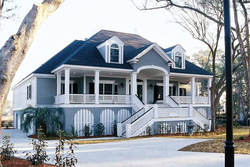 Dream House Plan - Country Exterior - Front Elevation Plan #37-253