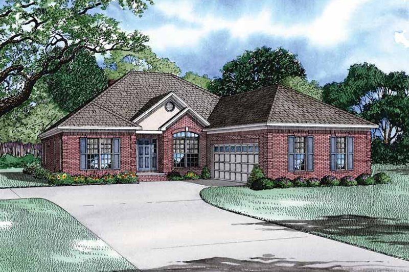 Traditional Exterior - Front Elevation Plan #17-2902 - Houseplans.com