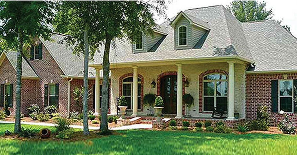 Colonial style house plan 4 beds 3 5 baths 2500 sq ft for Square feet ap style