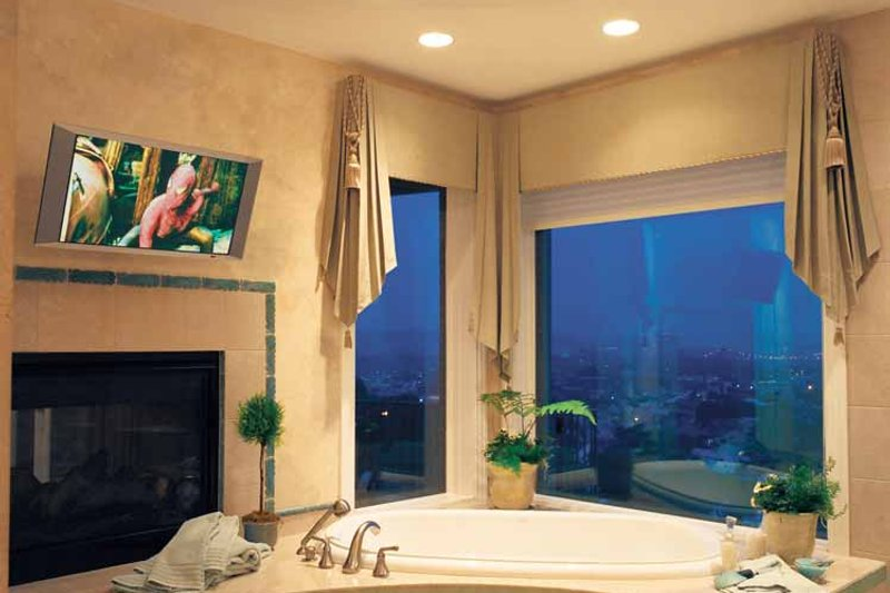 European Interior - Master Bathroom Plan #46-756 - Houseplans.com