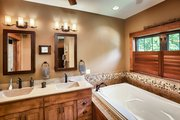 Craftsman Style House Plan - 5 Beds 3.5 Baths 4646 Sq/Ft Plan #70-1433 Interior - Master Bathroom