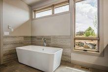 Traditional Interior - Master Bathroom Plan #892-25