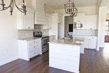Home Plan - Southern Interior - Kitchen Plan #430-183