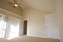 Craftsman Interior - Master Bedroom Plan #124-386