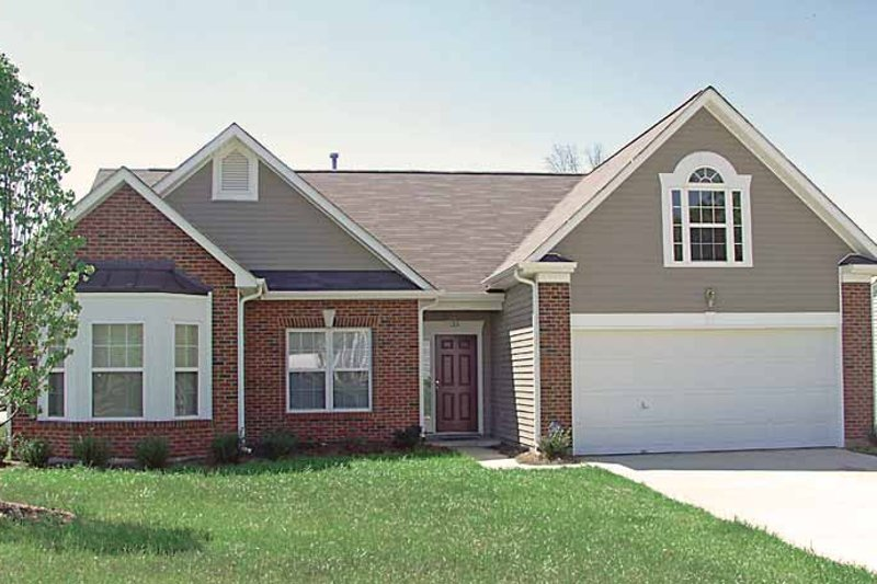 Colonial Exterior - Front Elevation Plan #453-280