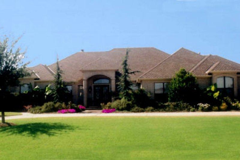 Dream House Plan - Mediterranean Exterior - Front Elevation Plan #52-194