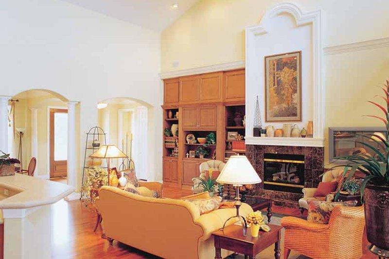 Craftsman Interior - Family Room Plan #417-670 - Houseplans.com