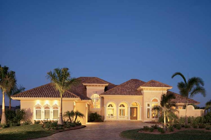 Home Plan - Mediterranean Exterior - Front Elevation Plan #930-193
