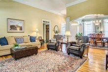 Traditional Interior - Family Room Plan #437-110