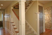 Craftsman Interior - Entry Plan #928-230