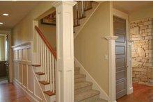 House Plan Design - Craftsman Interior - Entry Plan #928-230