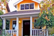 Cottage Style House Plan - 3 Beds 1.5 Baths 874 Sq/Ft Plan #915-2 Exterior - Front Elevation