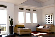 Ranch Interior - Family Room Plan #895-76