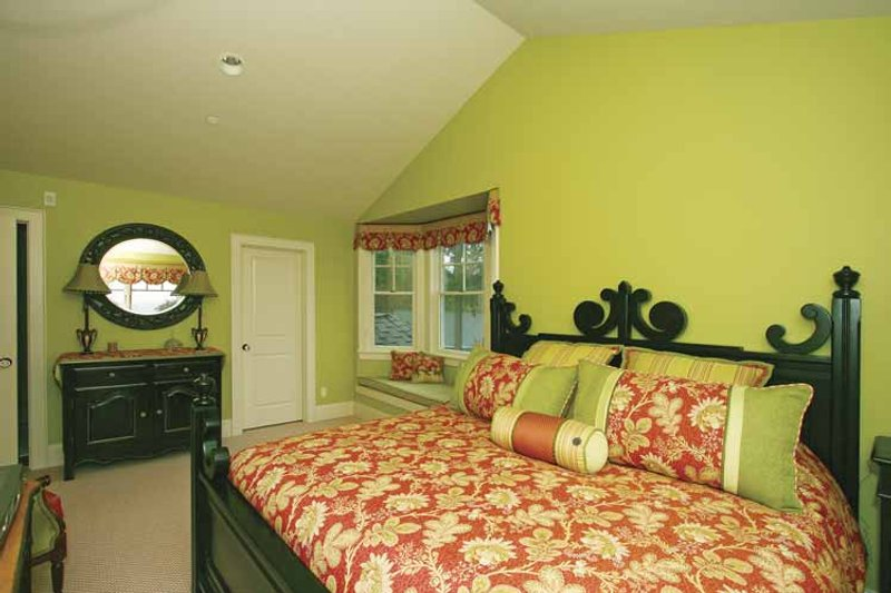 Craftsman Interior - Bedroom Plan #132-485 - Houseplans.com