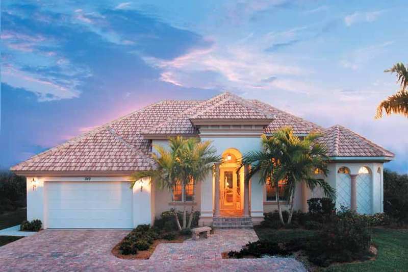 Dream House Plan - Mediterranean Exterior - Front Elevation Plan #930-318