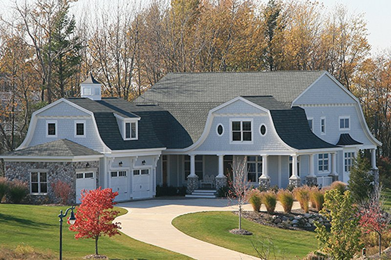 Colonial style house plan 5 beds 4 5 baths 4852 sq ft for Dutch colonial garage plans