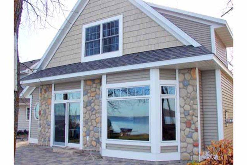 Home Plan - Craftsman Exterior - Front Elevation Plan #981-17