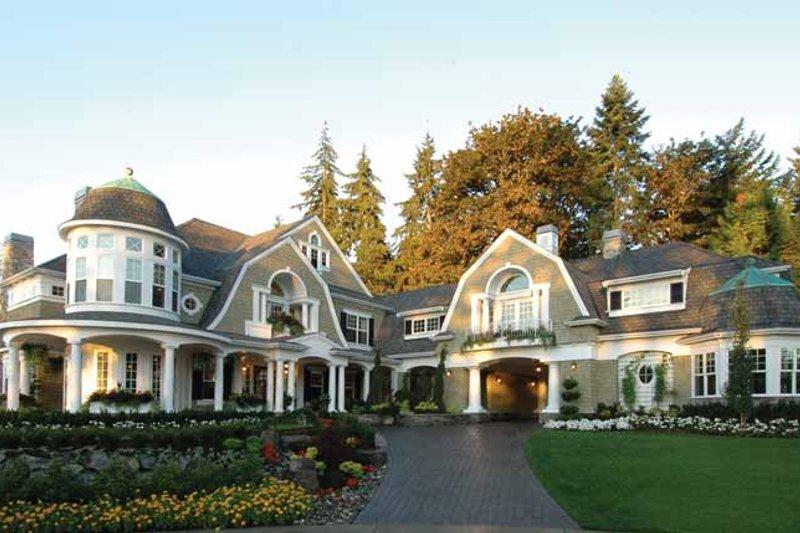 Dream House Plan - Craftsman Exterior - Front Elevation Plan #132-353